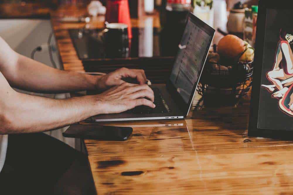 Comment bien choisir un PC pour étudier ?