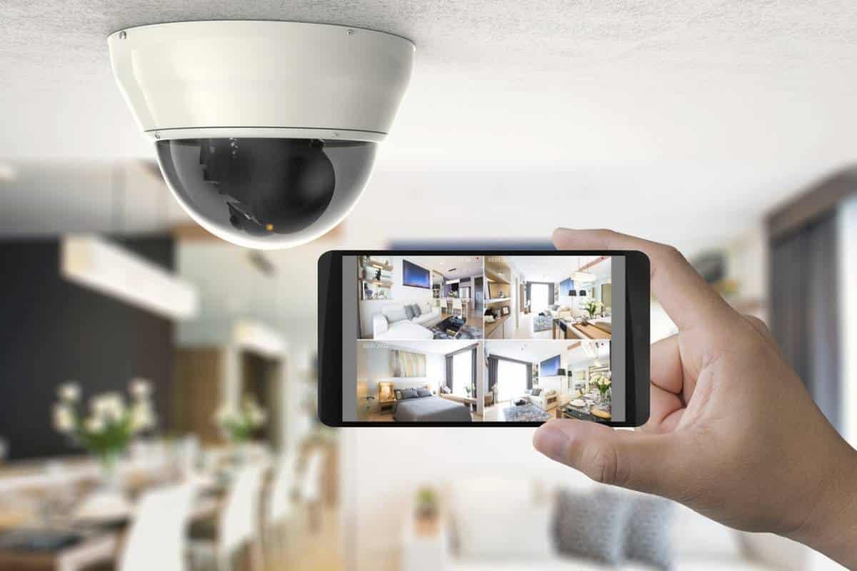 Peut-on coupler une caméra IP à un système d'alarme ?